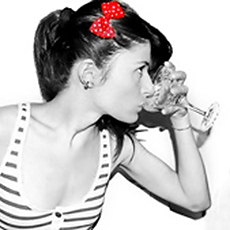 Boire de l'alcool rendrait beau !