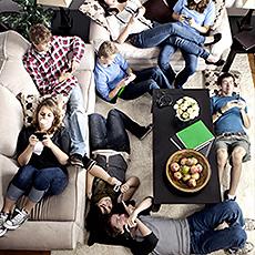 Les adolescents abuseraient-ils de leurs téléphones portables ?