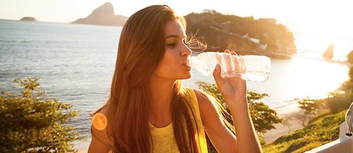 boire-trop-d-eau-mauvais-pour-la-sante